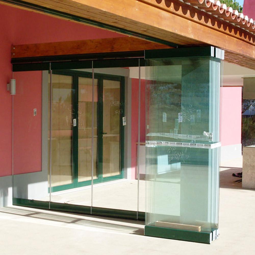 Paredes móveis em vidro em Telheiras
